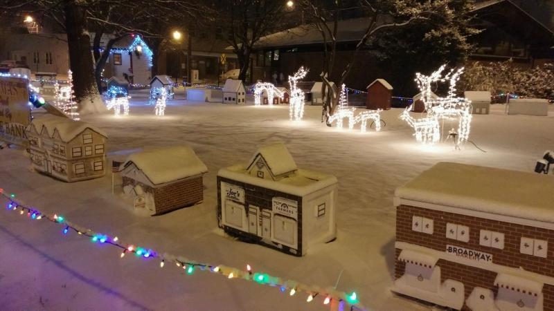 santa in the park pitman nj trolley rides also 6 8pm - Pitman Christmas Lights